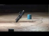 """MOTORCYCLE STUNTS """"CRAZY IN SEATTLE"""" CHAPTER 3 TRICKS CRASH & STUNTING"""