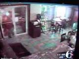 Stupid thief gets caught on tape