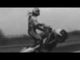 Mode Wilki – Motorcycle stunts & crashes
