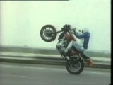 Arto Nyquist – Stunting on a Z1300 – YouTube2.flv