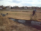 bmx dirt jumps- and wipeouts