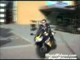 Idiot crashes motorcycle- freakin hilarious accident funny crash bike bikertube.ro