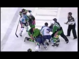 HDD Tilia Olimpija : SAPA Fehervar AV19 – hockey fight (10.2.2012)
