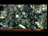 Los Angeles High-Speed Car Chase Throwing Cash From Car – Megyn Kelly