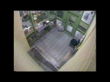 Woman caught on tape escaping Central Lock-Up OPP New Orleans, La