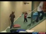 stupid people doing stupid things #1